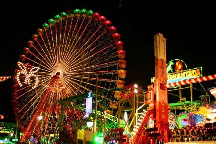 Diversión-para-toda-la-familia-Feria-de-la-Nochebuena-Foto-City-Express-3