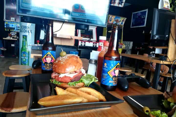 Restaurantes inusuales en CDMX Foto Taco Game
