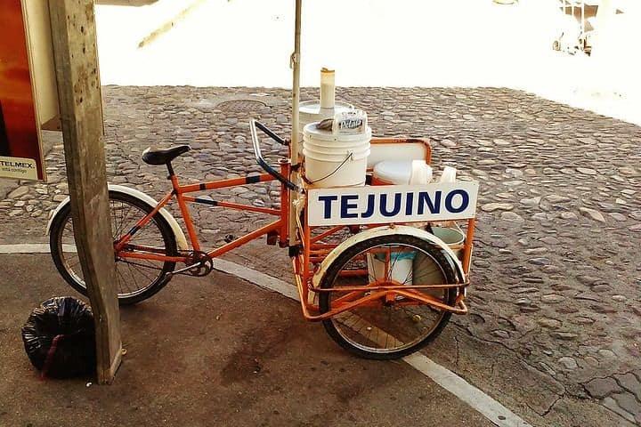 Tejuino. Foto Hugo Dallmaci.