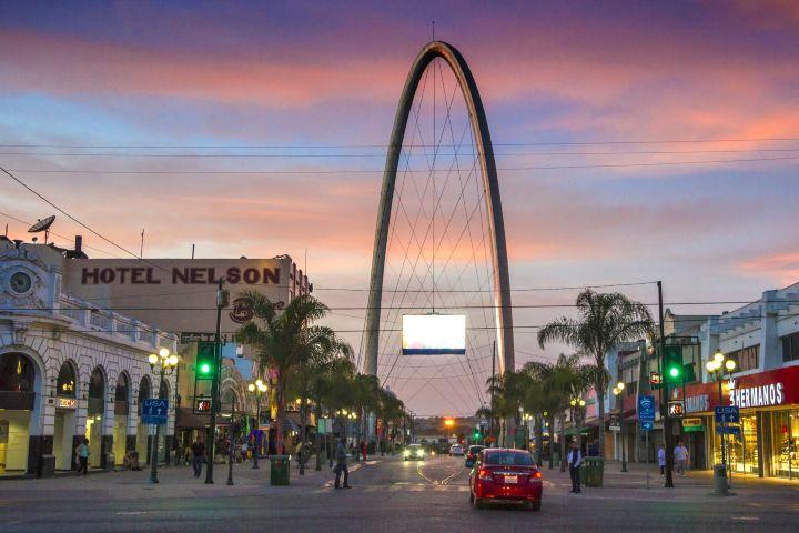 Obras Expansión Foto: Avenida Revolución Tijuana
