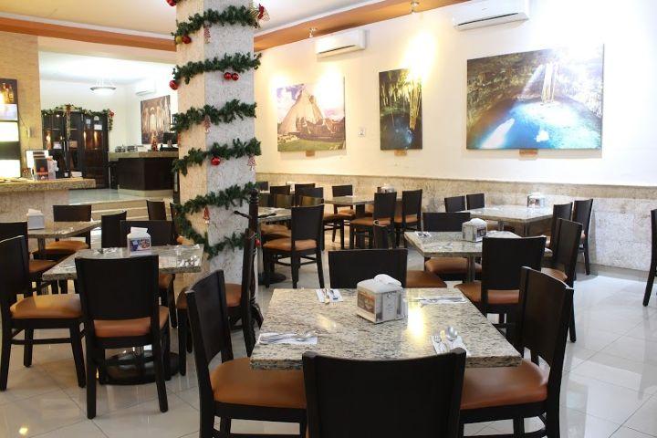 AriBnB Foto: Restaurante Katún