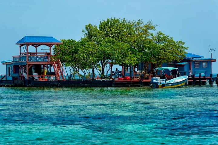 Islas que se pueden rentar para vacacionar. Bird Island, Belize. Foto: Roi Brooks