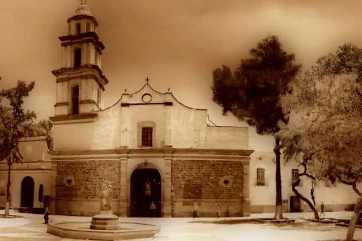 Catedral antigua Ecatepec libro de la Hija de Moctezuma II Foto Mapio