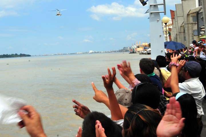 Desfile Náutico para el Avistamiento de ballenas en Ensenada. Foto: Diario El Universo