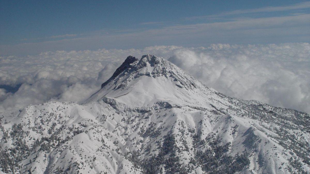 Ecoturismo en el nevado de Colima Foto. Colima Antiguo