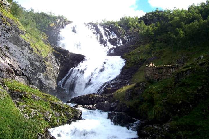 Fiordos noruegos Foto Andrew Bowden