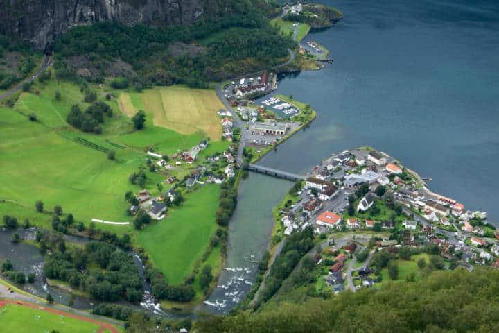 Fiordos noruegos Foto Werner Bayer