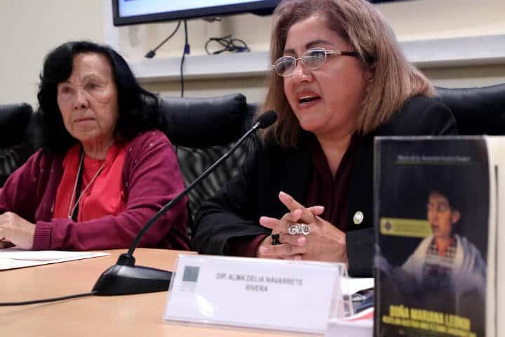 Libro de la Hija de Moctezuma Foto Cámara de Diputados 2