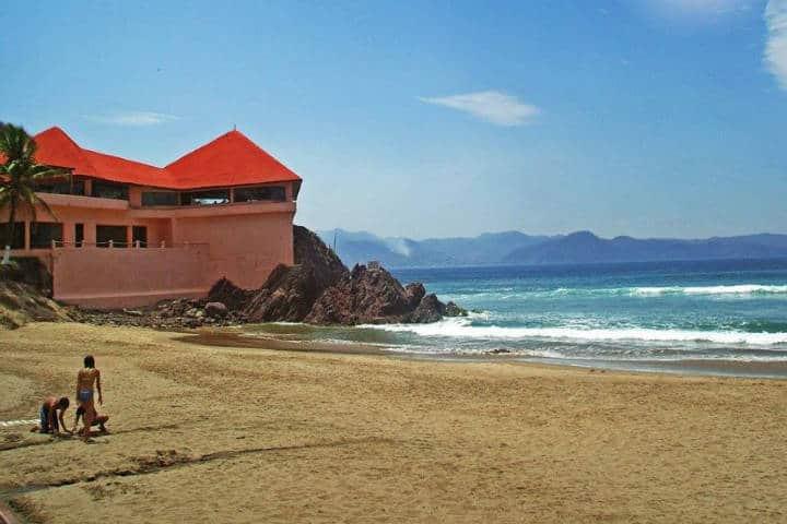 Playa Tenacatita. Foto Viajero Cuautla