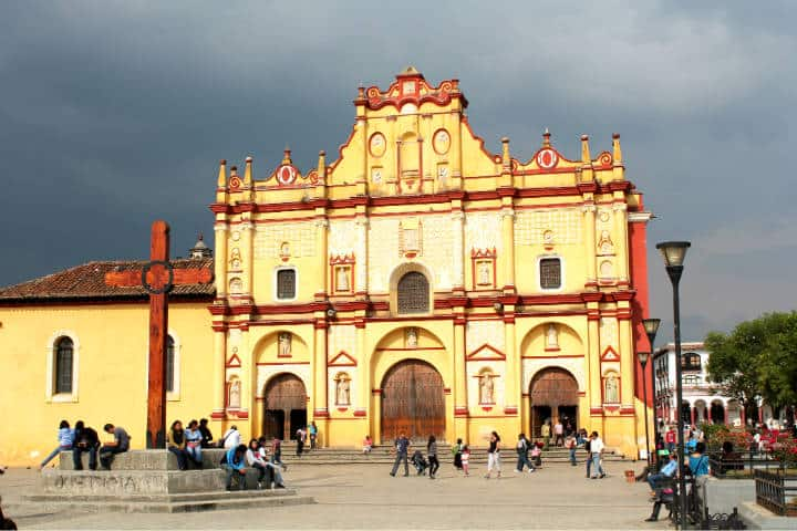Catedral de San Cristóbal de las Casas. Foto: Arian Zwegers