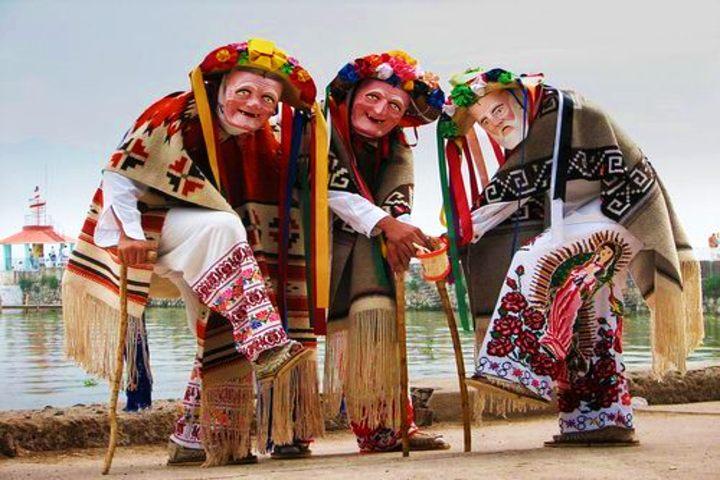 Carnaval Purépecha. Danza de los viejitos. Foto Girasouldream.