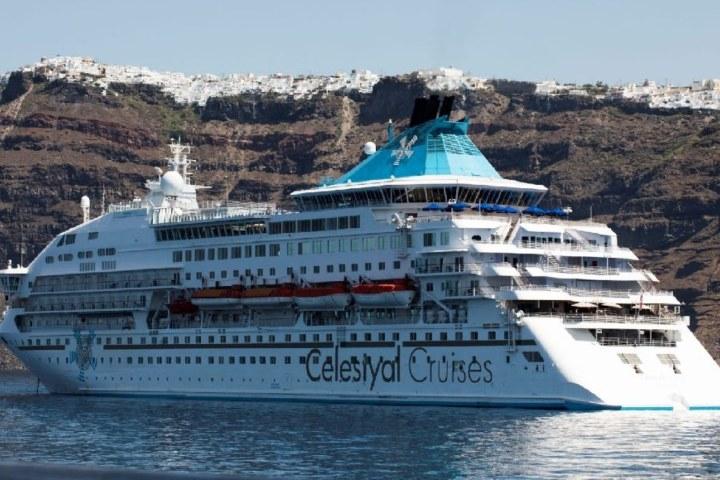 Celestyal Cruises. Foto_ wavesandwind