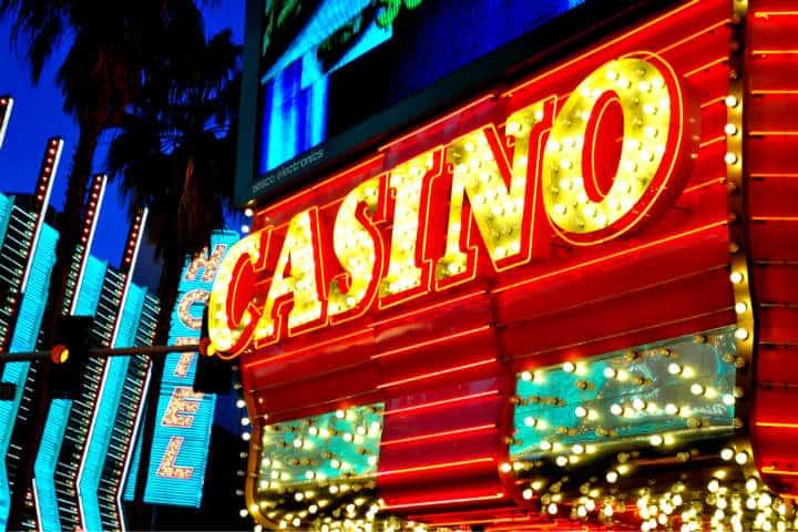 Las Vegas Foto Roxanne Ready