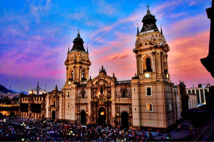 Lima es tu destino Foto Mariano Mantel