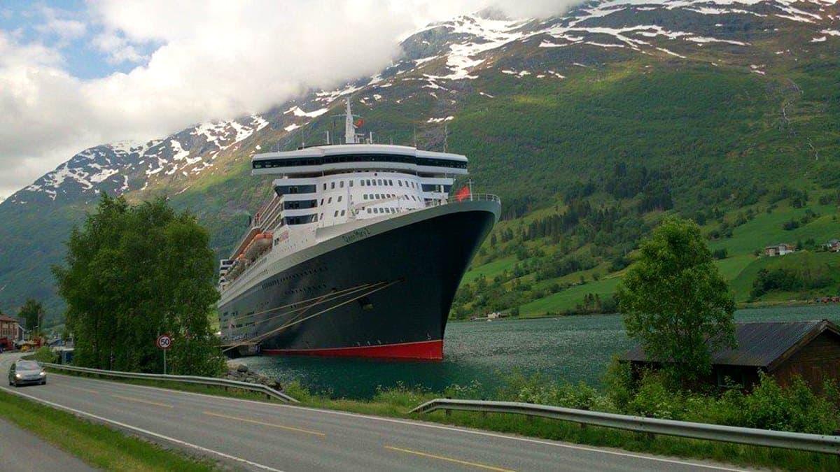 Portada Queen Mary 2. Foto: Queen Mary