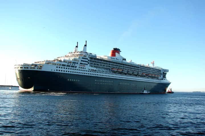 Queen Mary 2 Foto Ian Barbour