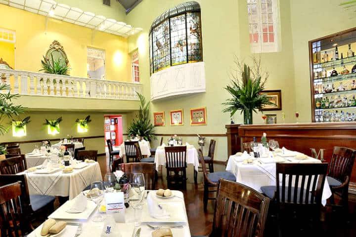 Restaurantes de la CDMX Foto Restaurante Les Moustaches