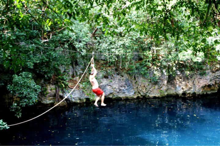 Ruta de Cenotes de Puerto Morelos Foto Aussie Assault
