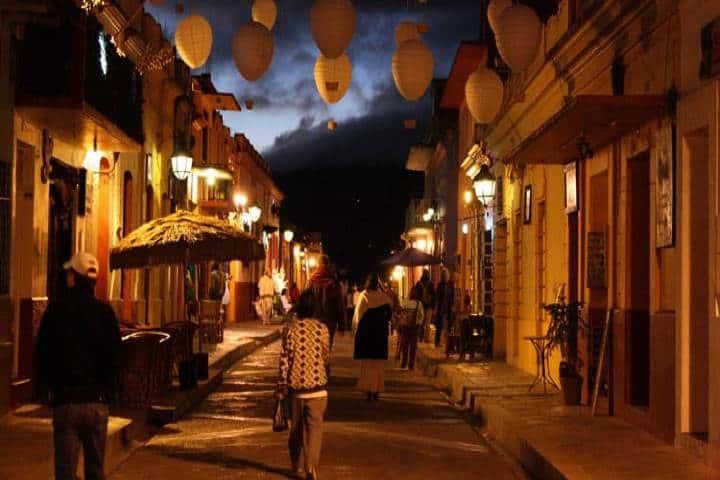 San Cristóbal de las casa de Noche. Foto México turistico
