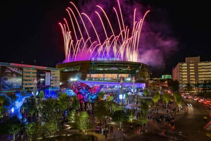 Tmobile Opening Night Fireworks Foto Visit Las Vegas