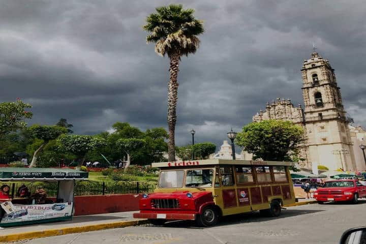 Turibús. Foto Historias y Leyendas de Tepotzotlán