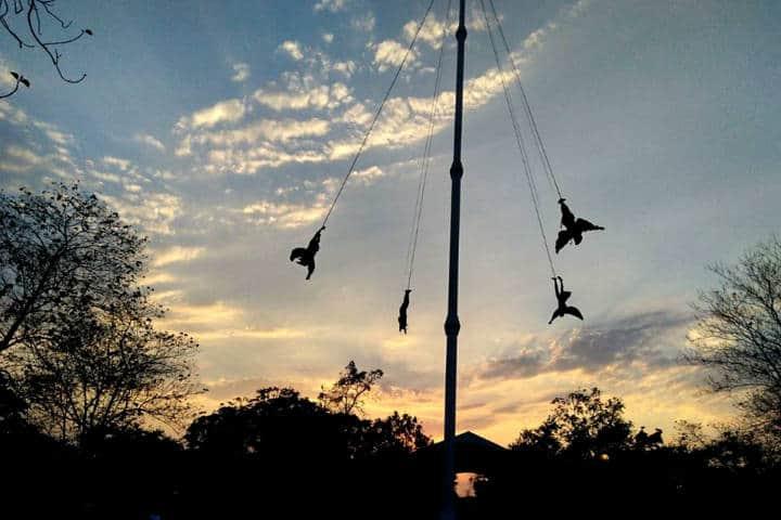 Voladores de Papantla Foto Cumbre Tajín 3