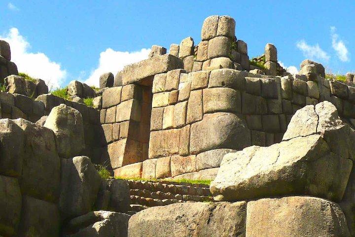 Sitio arqueológico de Sacsayhuamán. Foto_ pctours