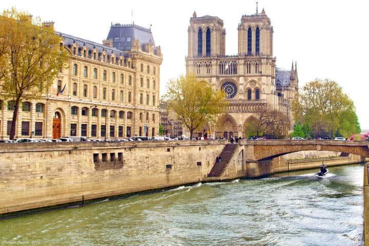 Notre Dame Foto: Philippe Rouzet, Avenida verde en bicicleta