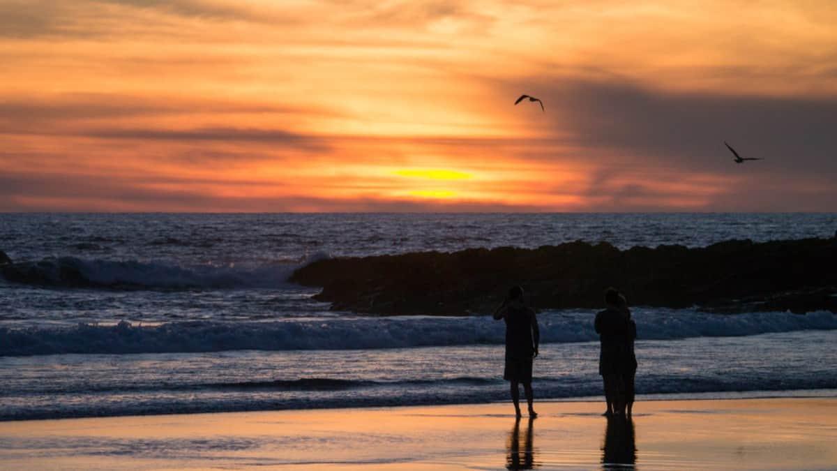 Cerritos Beach portada.