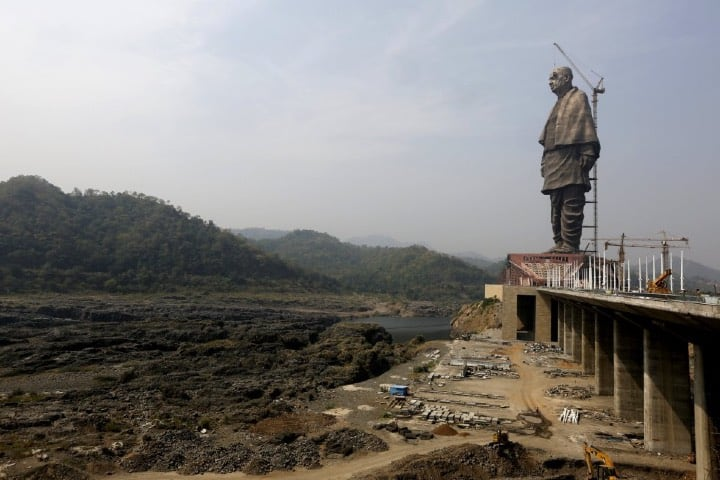 Construcción de la estatua más grande del mundo. Foto: Ajit Solanki