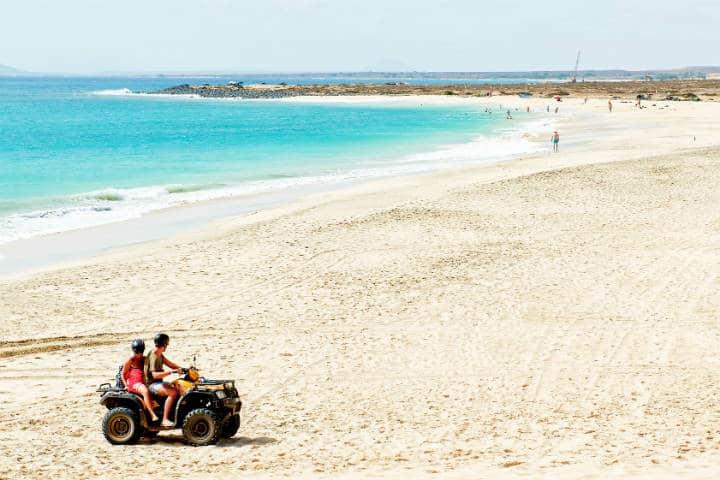 Práctica de cuatrimoto en la playa Foto: Cristiano Gatti