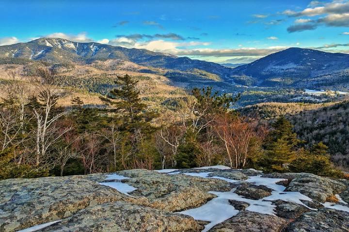 Destinos de montaña EUA Keene Valley NY. Foto: Evan Clark