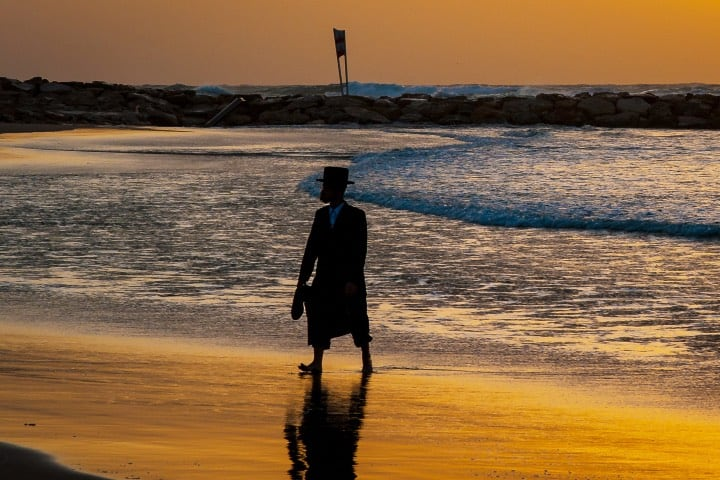 Disfrutando de la playa de Tel Aviv Foto W. Seiler