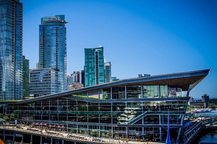 El centro de convenciones es un lugar para visitar gratis en Vancouver Foto Pixabay