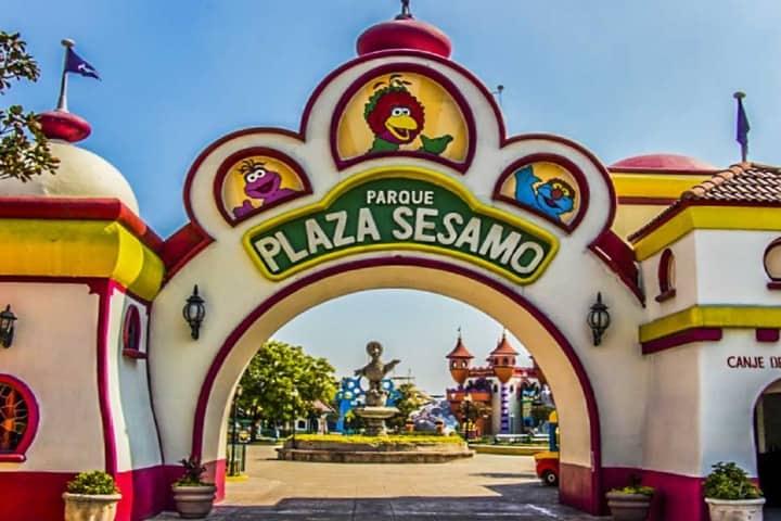 Entrada del Parque Plaza Sésamo Foto Archivo