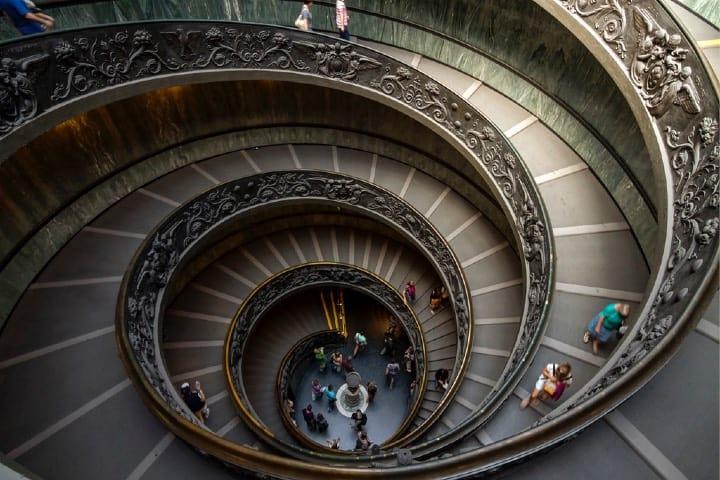 Escalera helicoidal, Museos del Vaticano Foto Jesús Sánchez
