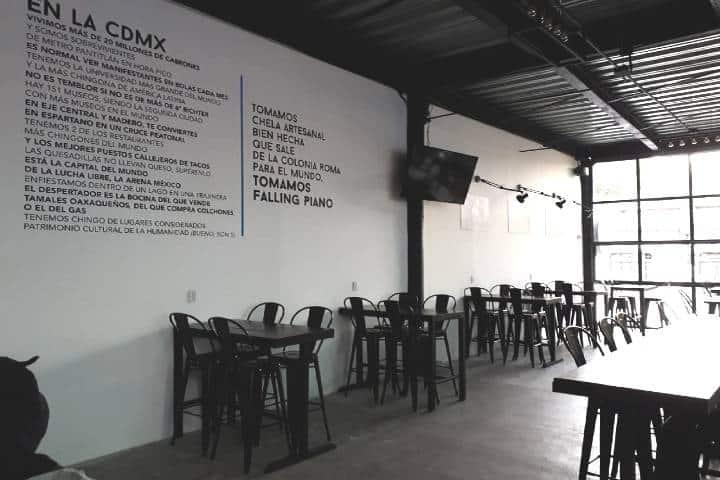 Falling Piano es de los lugares de Ciudad de México para comer con tu mascota Foto: Falling Piano, Restaurantes pet friendly en CDMX