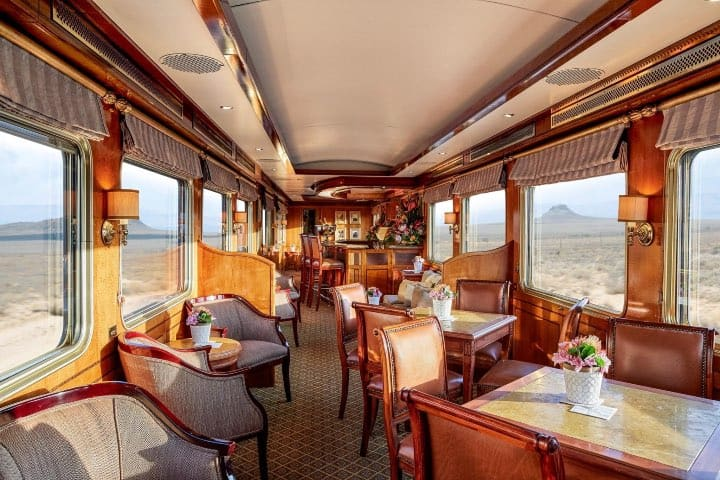 Vagón comedor en The Blue Train Foto The Blue Train South Africa Facebook