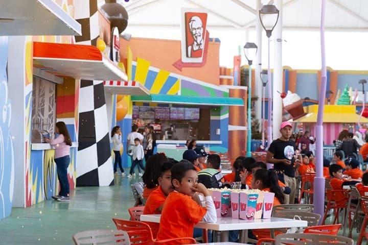 Zona de comida en el parque Foto: Kataplum Oficial