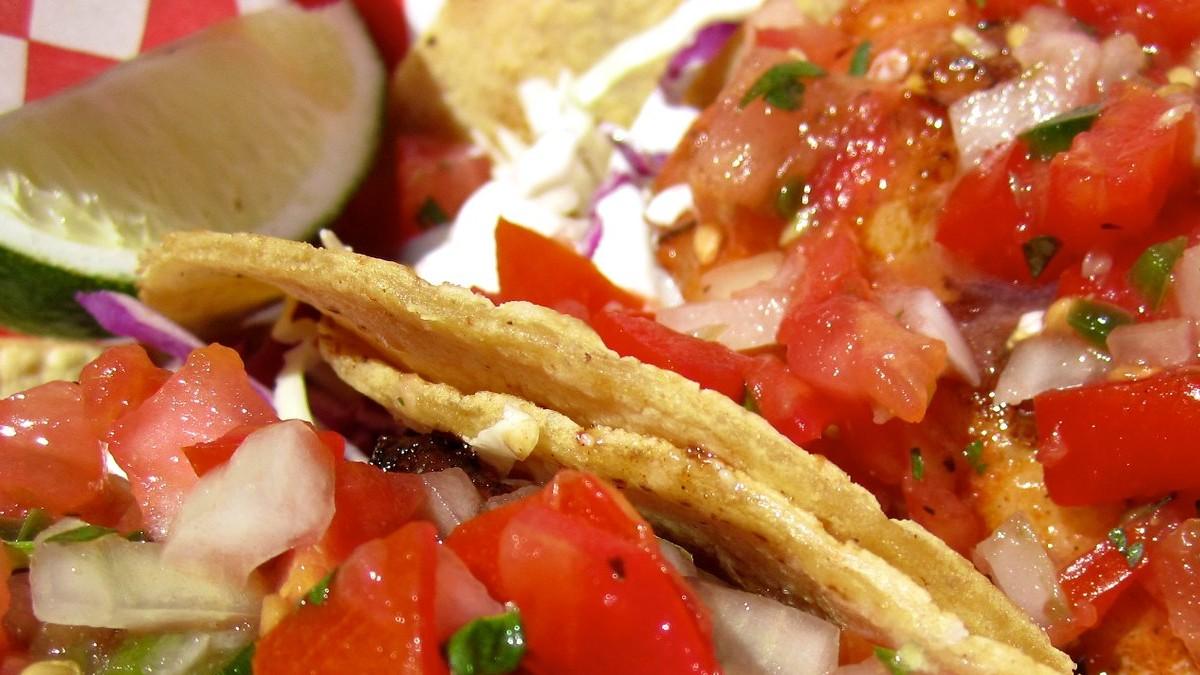 Tacos de pescado. Foto Archivo