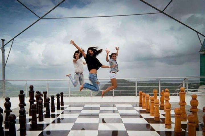 Disfruta de una partida de ajedrez gigante Foto: Cantil Hotel Boutique-Spa