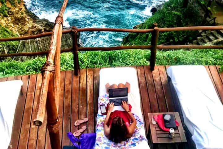 Asoleadero con vistas increíbles Foto: Hotel Zoa