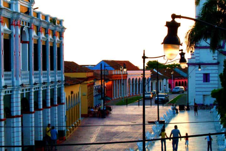 Cosas que hacer en Tlacotalpan, ¡visita el centro de la ciudad! Foto: Plumerio Pipichas