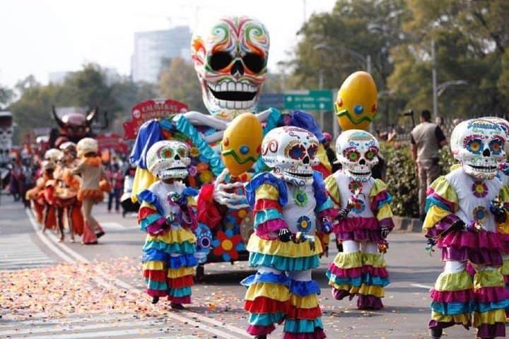 En las fiestas y ferias en Ciudad de México está la celebración del Desfile de Día de Muertos Foto: Archivo