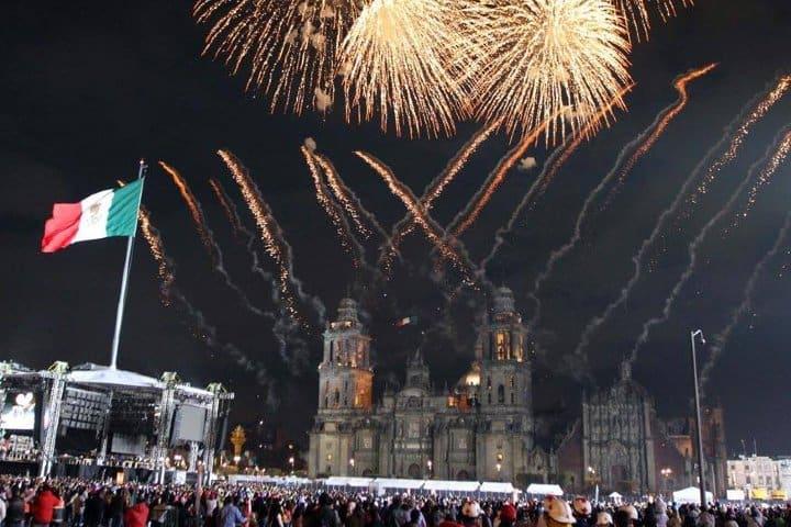El Grito de la Independencia se lleva a cabo en el Zócalo Foto: Archivo