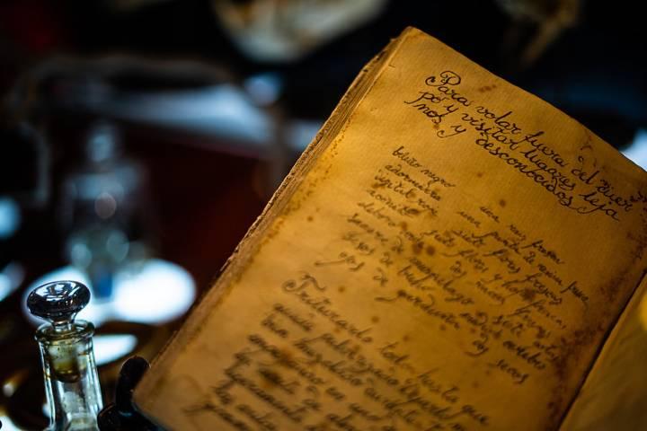 Libro de magia negra Foto: Flickr