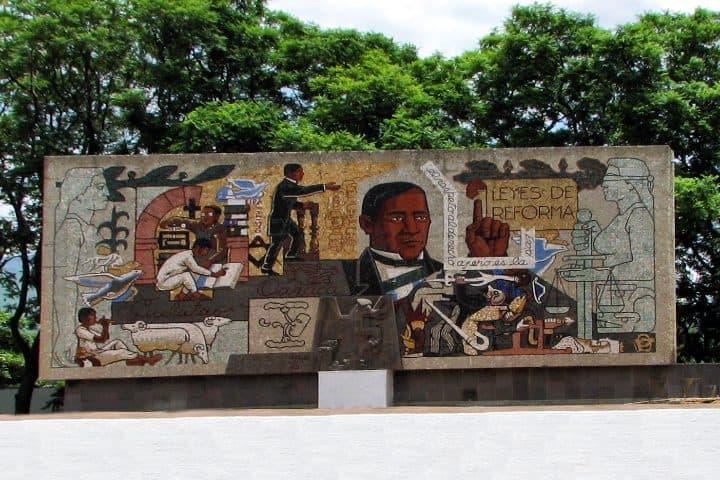 Benito-Juárez-es-uno-de-los-personajes-icónicos-de-Oaxaca-Foto-Daniel-Ríos-3