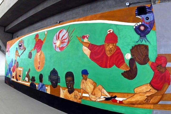 Mural dentro del estadio Foto: Archivo