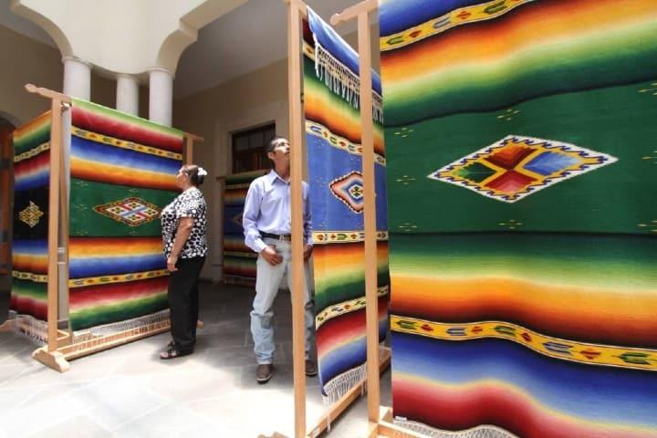 Sarape, artesanía mexicana Foto: Hoteles City Express