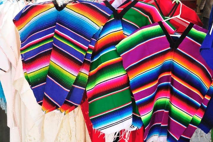 Venta de artesanía Foto BOSS_MEX_Mario